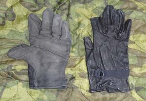 """Read more about the article M1949 Glove Shells """"Recon Gloves"""""""