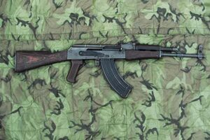 Read more about the article The Kalashnikov Rifle & Its Many Variants